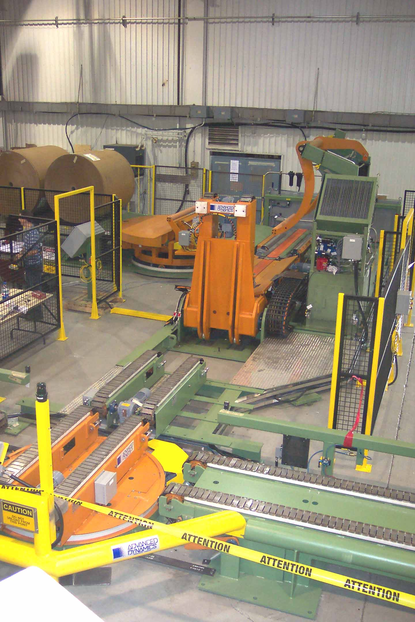 paper - roll handling - conveying system - slat conveyor and turnatbles